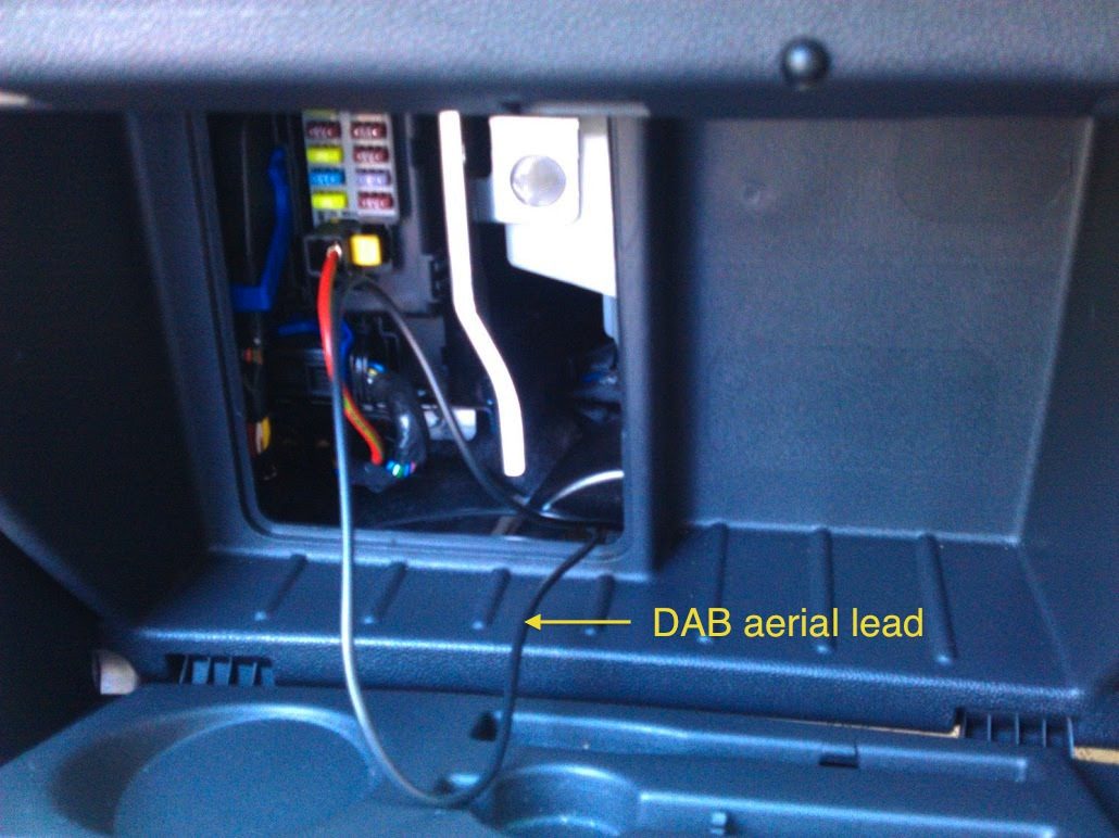 glove_box_aerial installing a sony cdx dab700u car radio in a vauxhall corsa d pc2-85-4 wiring diagram at creativeand.co